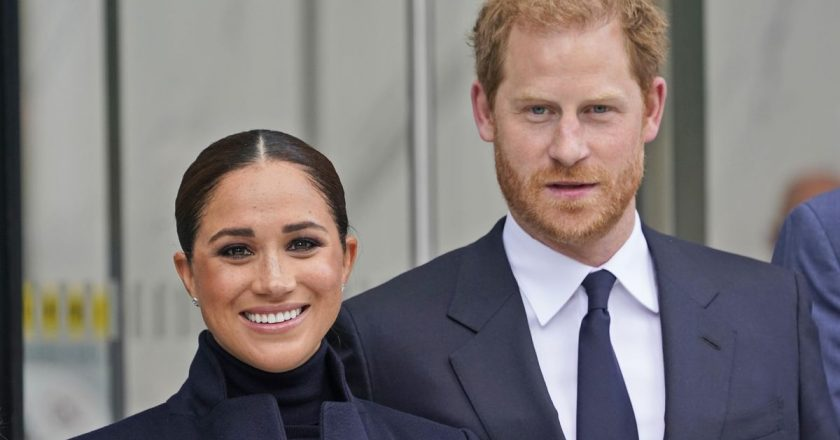 Meghan and Harry visit with students at a Harlem school
