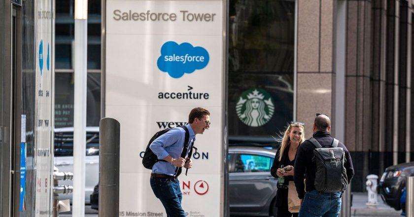 Salesforce Boosts Sales Outlook