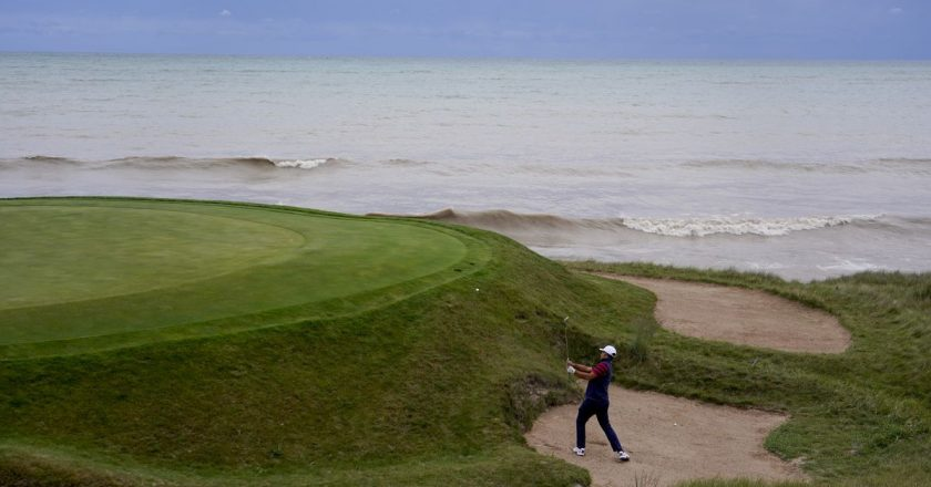 Whistling Straits gives Ryder Cup a seaside links feel